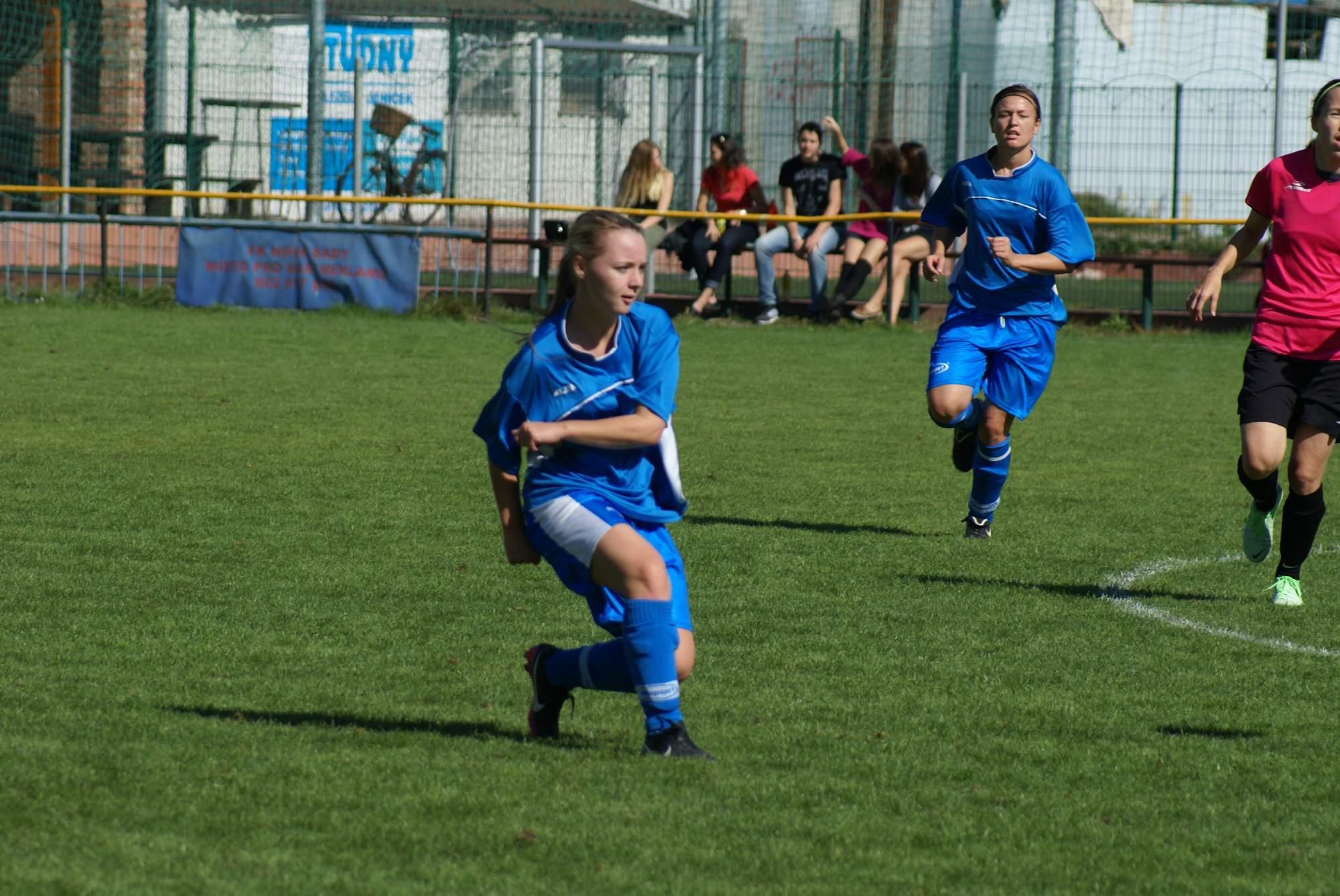 Fotbalistky FK Nové Sady.
